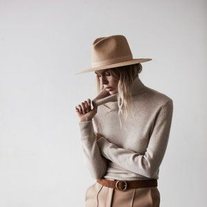 ISO Janessa Leone Simone Hat (Sizes M/L)